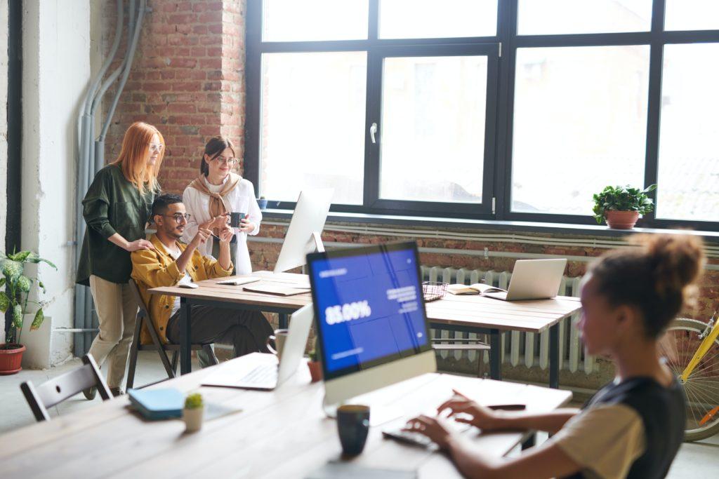 Digitalisierung und Schulung von Mitarbeitern